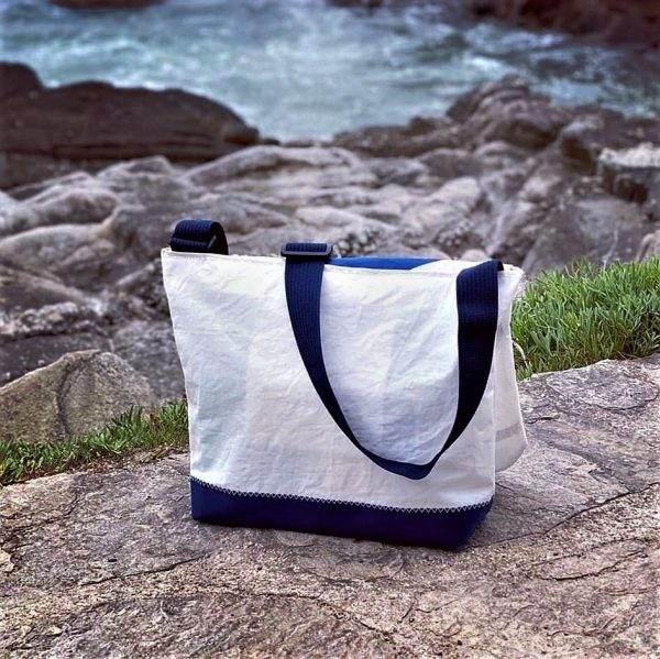 besace voile recyclée n°9 bleu arrière